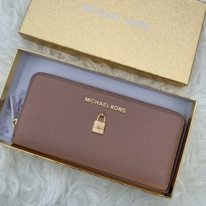 MK GIFTABLES ADELE CONTINENTAL LEATHER WALLET